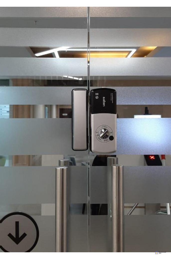 Накладной электронный дверной замок LocPro GL725B2 Series Black без монтажных пластин (для стеклянных дверей), фото 5