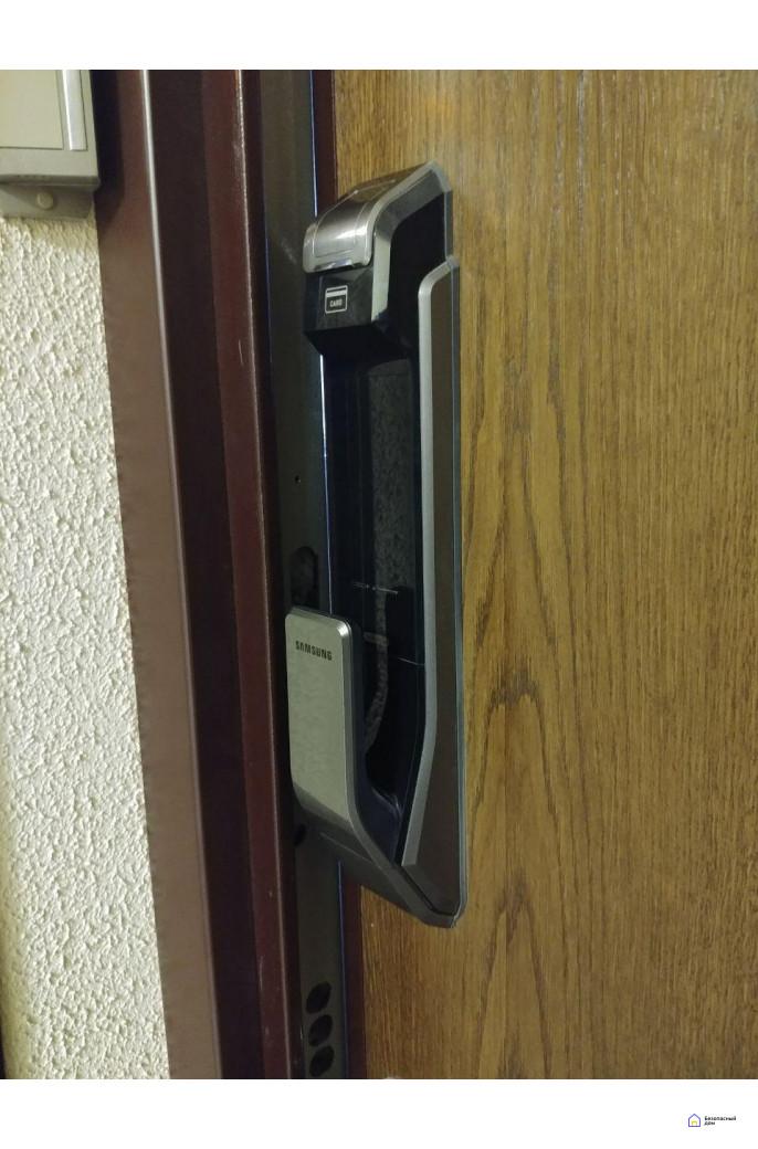 Врезной электронный дверной замок Samsung SHS-P718 Chrome с отпечатком пальца (открытие наружу), фото 7