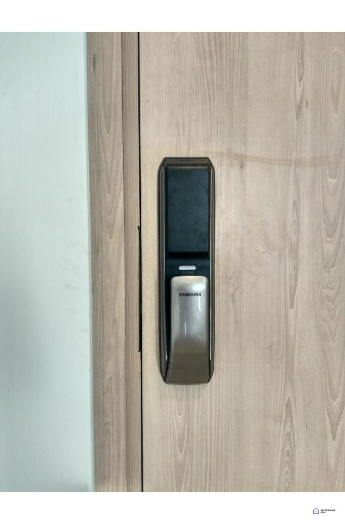 Врезной электронный дверной замок Samsung SHP-DP728 Dark Silver с отпечатком пальца, фото 5